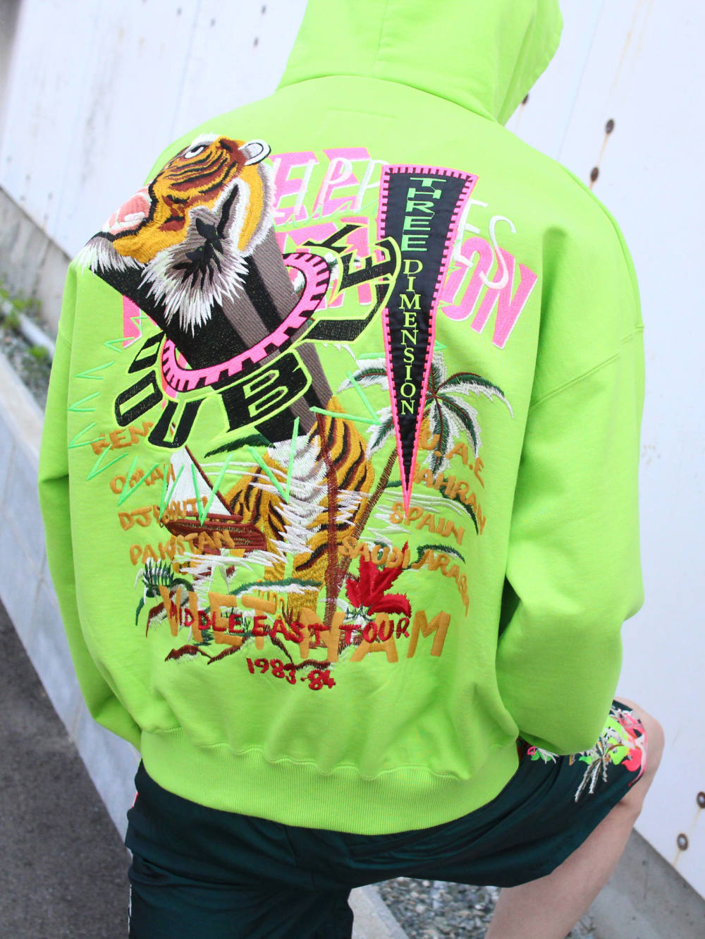 【SALE アイテム紹介】DOUBLET - CHAOS EMBROIDERY HOODIE